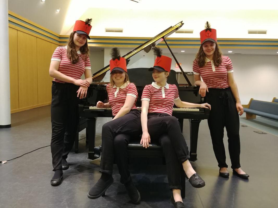#3 Quartet 8hands 1piano